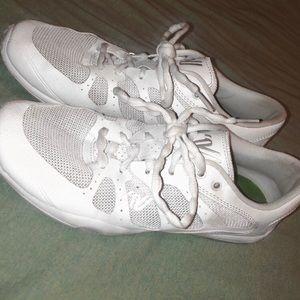 VASIRTY cheerleading/ tumbling shoes